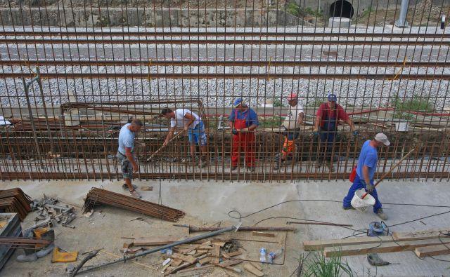 Obnova železniške postaje Šentilj. Foto Tadej Regent/Delo