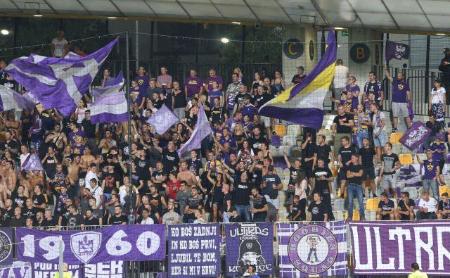 Če se bo Maribor uvrstil v evropsko ligo, bo njegove tekme mogoče gledati na nacionalni televiziji. FOTO: Tadej Regent/Delo
