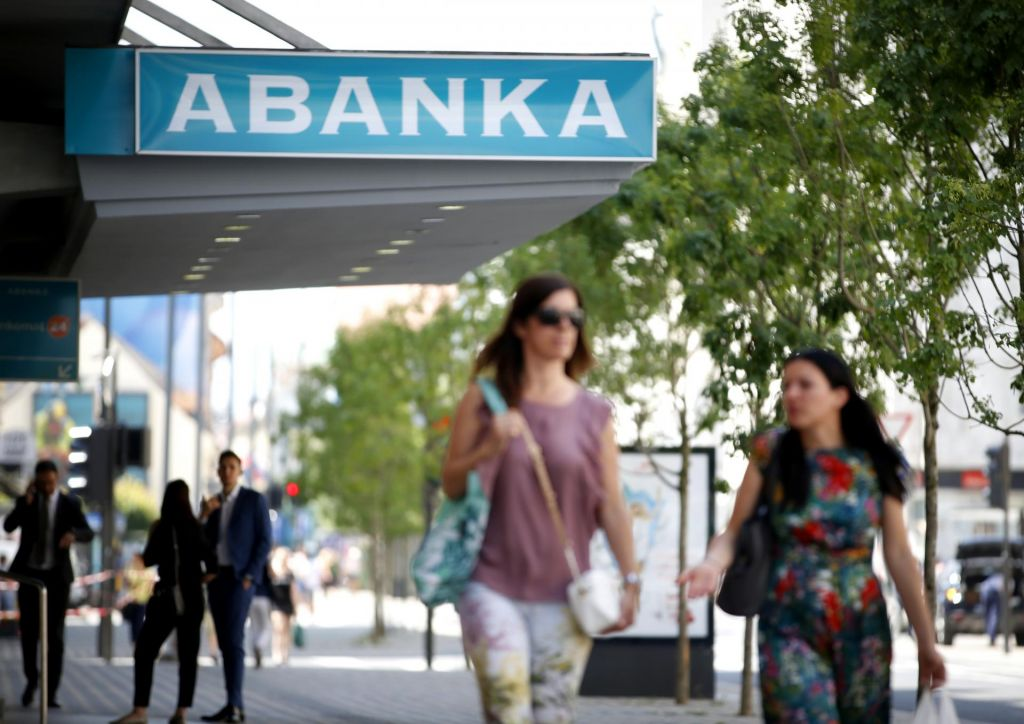 Pravnomočna zmaga razlaščencev zoper Abanko
