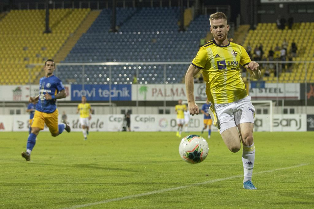 FOTO:Maribor se je ubranil z igralcem manj