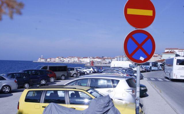 Največja tegoba Piurančanov je parkiranje.