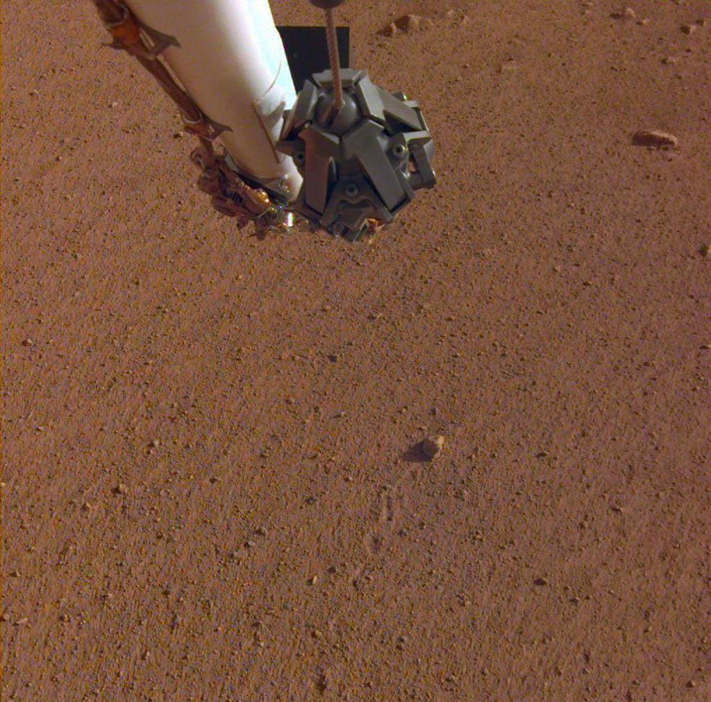 FOTO:Kotaleči se kamenček na Marsu poimenovali po skupini Rolling Stones