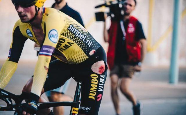 Glavni favorit za zmago Primož Roglič, jo je grdo skupil v 1. etapi dirke po Španiji. Foto: LV19