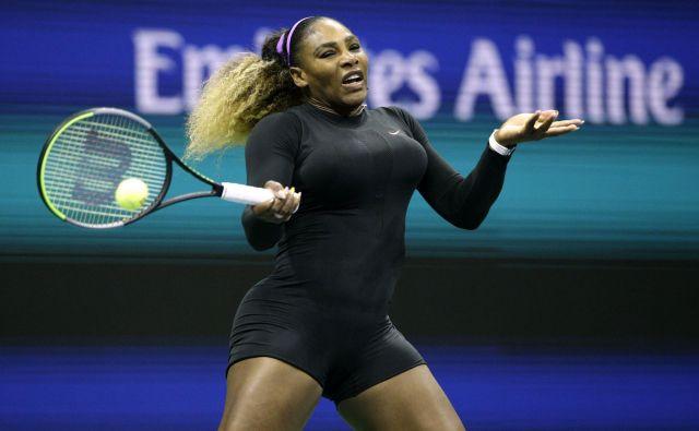 Serena Williams in Marija Šarapova sta se merili po več kot treh letih, razmerje moči pa se ni spremenilo, Američanka je bila prepričljivo boljša. FOTO: AFP