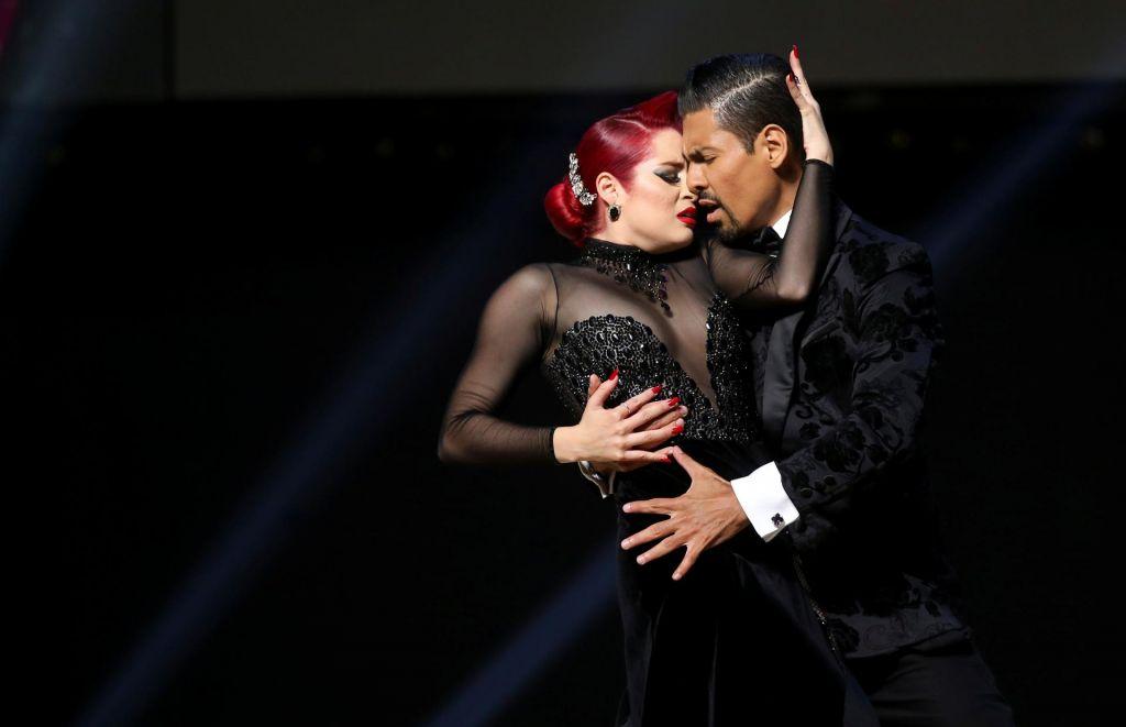 FOTO:Sanjav in srčen ples v objemu