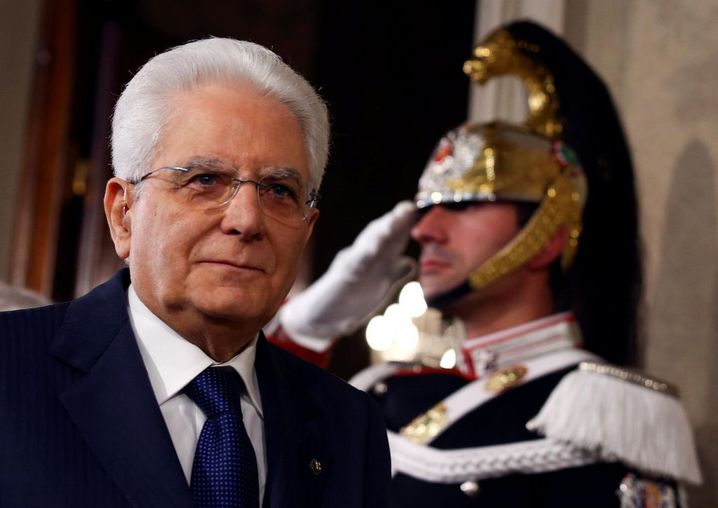 Konzultacije pri Mattarelli v senci političnih preigravanj
