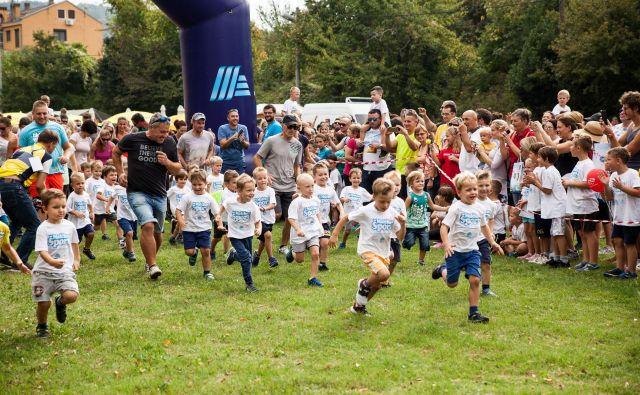 Malčkov šport predstavlja otroške programe, katerih glavni cilji so usmerjeni v vsestranski razvoj otrok, igro, učenje, zabavo in animacijo.