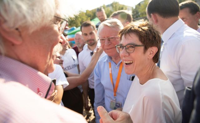 Volitve so tudi svojevrsten preizkus za predsednico CDU Annegret Kramp-Karrenbauer (AKK) in njene možnosti za prevzem kanclerskega položaja. Foto: Axel Schmidt/Reuters