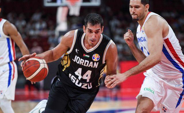 Jordanec Ahmad Al Dwairi (44) je bil s 34 točkami najučinkovitejši košarkar prvega kola svetovnega prvenstva. FOTO: AFP