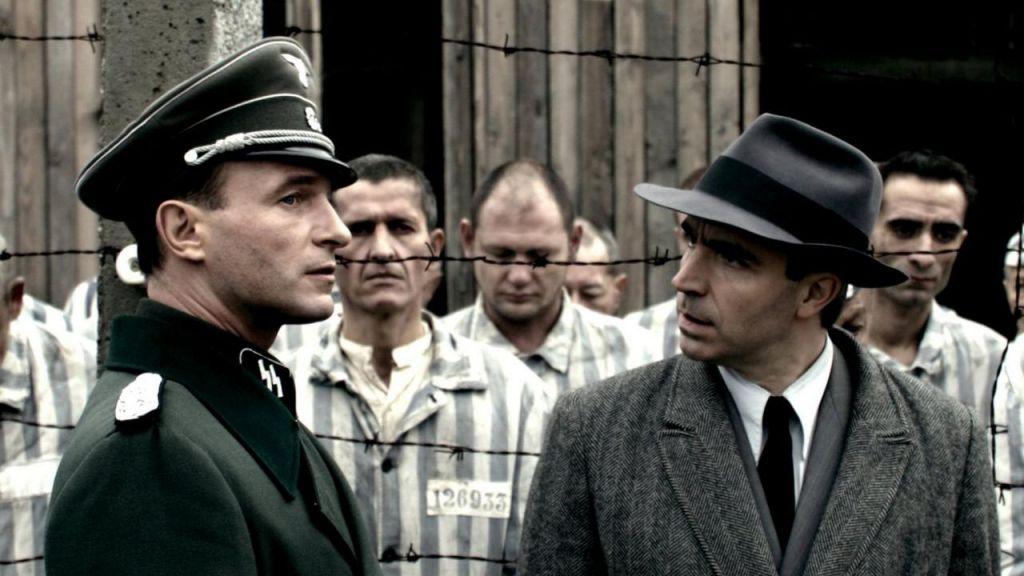 TV namigi: Eichmann, Palače ljudstva in Preverjeno