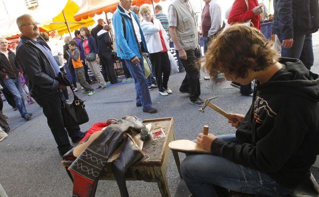 Spomin na čevljarstvo v Tržiču še živi. FOTO: Tomi Lombar/Delo