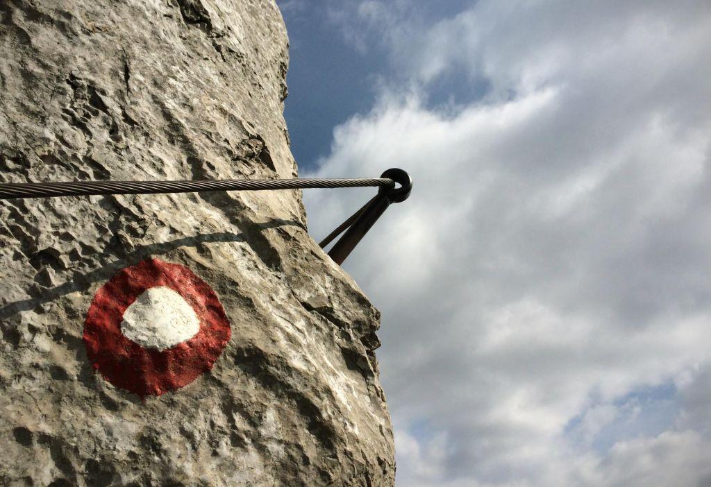 Mladi plezalec se je smrtno ponesrečil ob padcu z varovališča