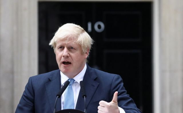 Boris Johnson ne namerava prelomiti obljub. Foto Reuters
