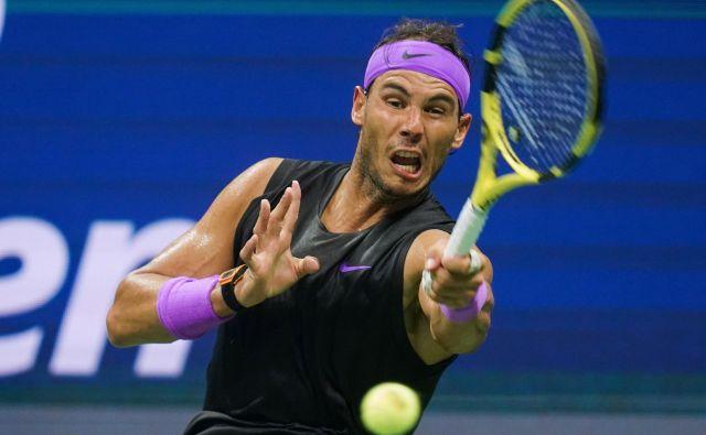 Rafael Nadal je brez težav ugnal Marina Čilića. FOTO: AFP