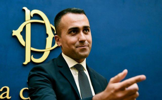Vodja gibanja Luigi di Maio je po objavi programa sporočil, da je v njem upoštevanih vseh 20 predlogov, ki so jih sami predložili mandatarju Giussepeju Conteju. FOTO: AFP