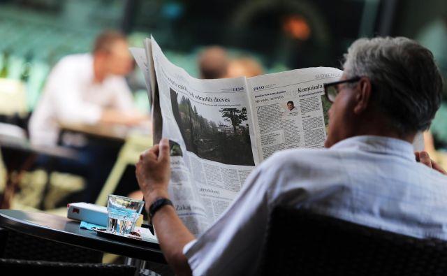 Kakšen bo nadzor nad oblastjo, če bo večina dnevnega časopisja v rokah peščice lastnikov? FOTO: Tadej Regent/Delo