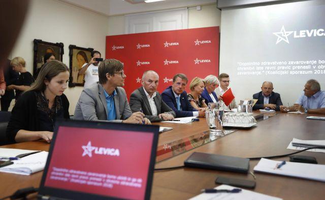 Minister Aleš Šabeder je po sestanku opozoril, številke se še ne ujemajo in treba je pripraviti natančne izračune ter dolgoročne projekcije. FOTO: Leon Vidic/Delo