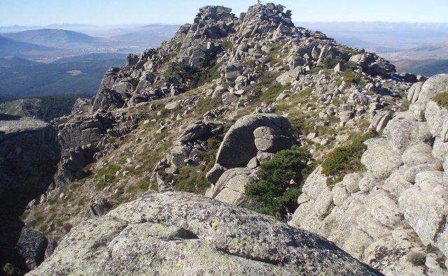 Vrh goreLa Peñota, kjer so našli pogrešano. FOTO: Wikipedia