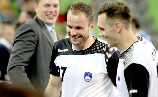 Reprezentančni karieri sta Uroš Zorman in Luka Žvižej (zadaj Sergej Rutenka) sklenila pred dvema letoma. FOTO: Roman Šipić