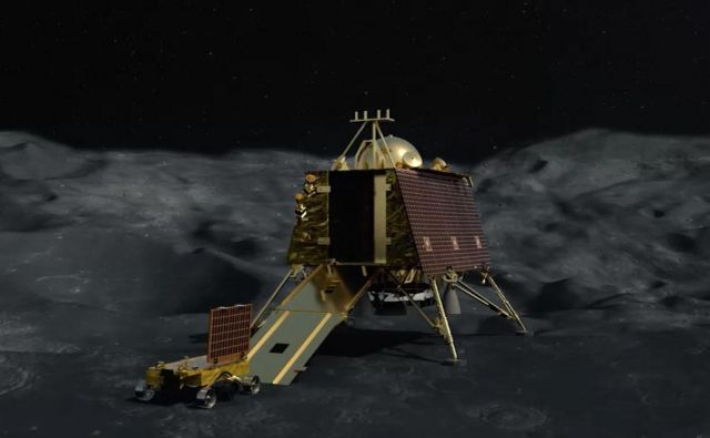 Indijci so leta 2008 na Luno že (načrtno) strmoglavili sondo Čandrajan 1, tokrat je modul Vikram očito strmoglavil nenačrtno.Vir Isra