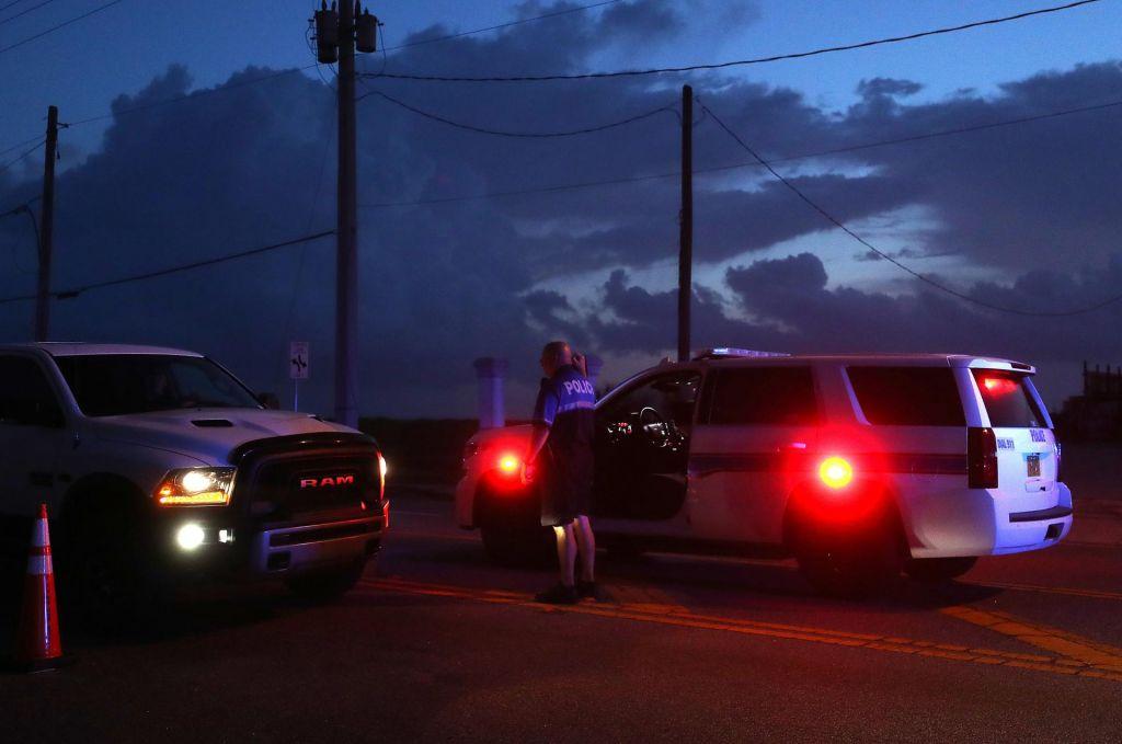 Najstnik ustrelil pet članov svoje družine