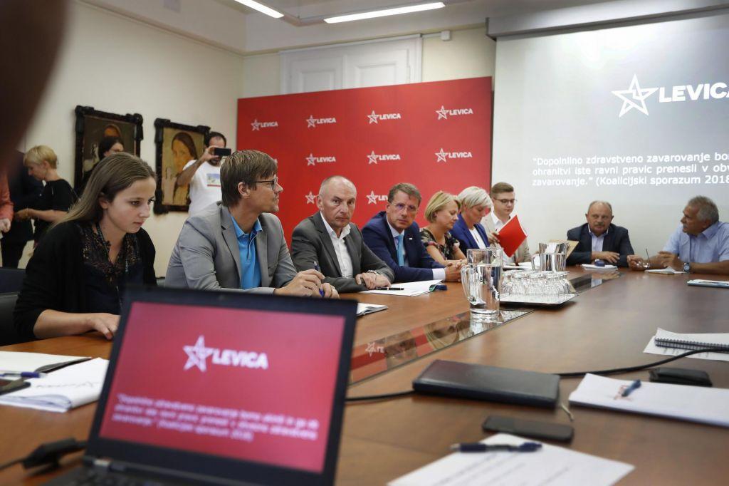 Koalicija in Levica: Ukinitev dopolnilnega zdravstvenega zavarovanja z letom 2021