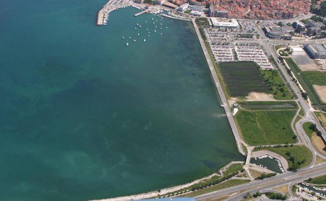 Obala med Semedelo in Žusterno naj bi v prihodnjih dveh letih dobila novo podobo.