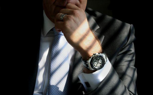 Zapleti z odpravninami in razrešitvami v državnih družbah imajo dolgo brado; če direktorji ne odidejo sporazumno, tudi tožijo.<br /> Foto: Jure Eržen