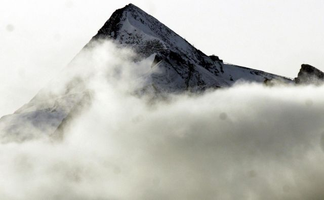V Alpah se je povprečna temperatura v zadnjih 30 letih dvignila za okoli tri stopinje Celzija. FOTO: Michael Dalder/Reuters