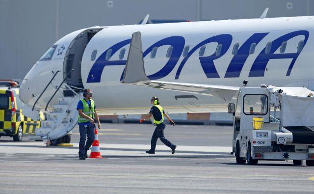 Vodstvo Adrie Airways in Sindikat prometnih pilotov Slovenije sta dosegla sporazum, da napovedane stavke ne bo, so sporočili iz letalskega prevoznika. Foto Matej Družnik