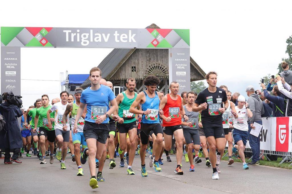 FOTO:Dva tisoč tekačev podprlo dober namen 8. Triglav teka