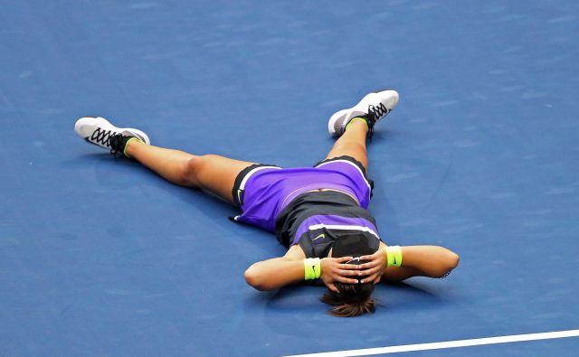 Bianca Andreescu je Kanadi priigrala prvi naslov za veliki slam v posamični konkurenci. FOTO: AFP