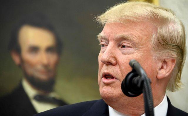 Mnogi menijo, da Trumpa bolj od usode Afganistancev zanima umik večjega dela ameriških sil pred ameriškimi volitvami. Foto AFP