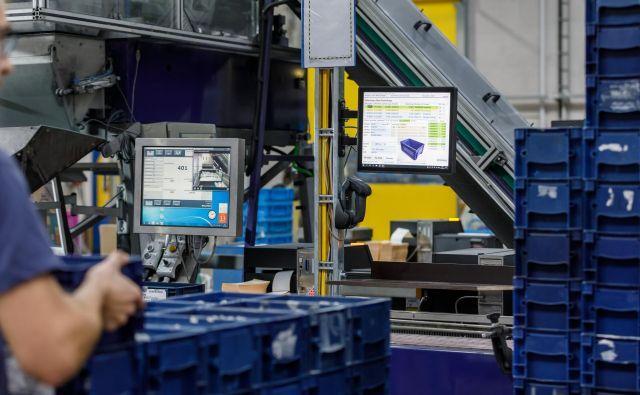 Ena od poti, kako povečati učinkovitost dela v skladišču – in zmanjšati stroške – je tudi digitalizacija.<br /> FOTO: Jungheinrich