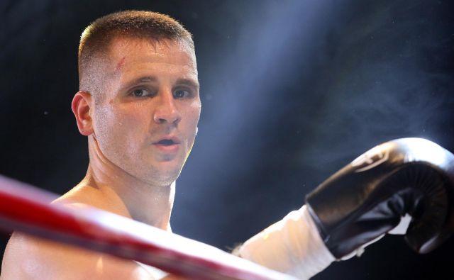 Andrej Baković bo 6. oktobra v Stožicah boksal za jubilejno deseto profesionalno zmago. FOTO: Tomi Lombar
