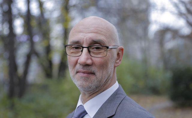 Ivan Gracar je avtor več strokovnih člankov na temo financiranja zdravstvenega sistema. FOTO: Jože Suhadolnik/Delo