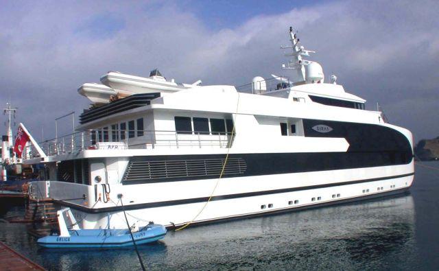 Gradnja luksuzne jahte Sarha je bila povod za posle Ladjedelnice z angleškim poslovnežem. FOTO: Iztok Umer