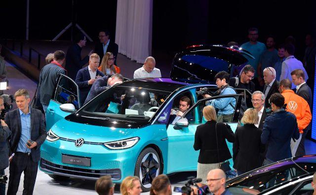 Volkswagen I.D.3 je prvi električni model te znamke, ki je pripravljen na povsem novi platformi namenjeni le modelom s tovrstnim pogonom.<br /> Foto AFP