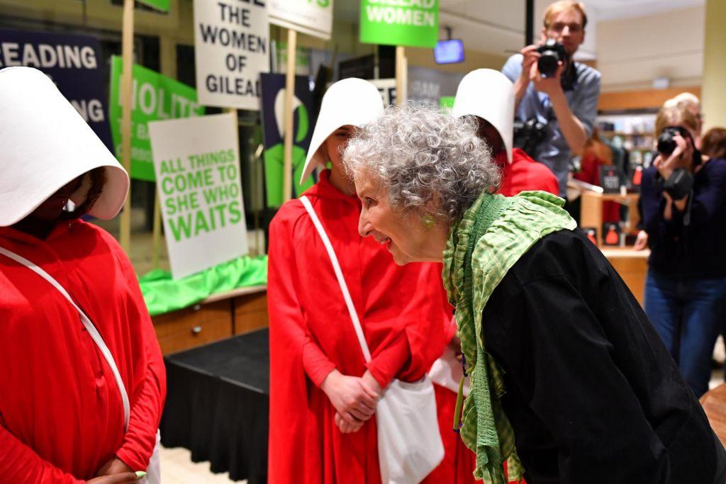 Preroška Margaret Atwood naposled med bralci