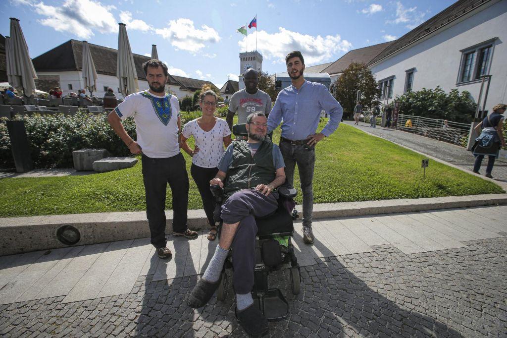FOTO:Potovanje bolnika z ALS: 7 jezer, 7 življenj