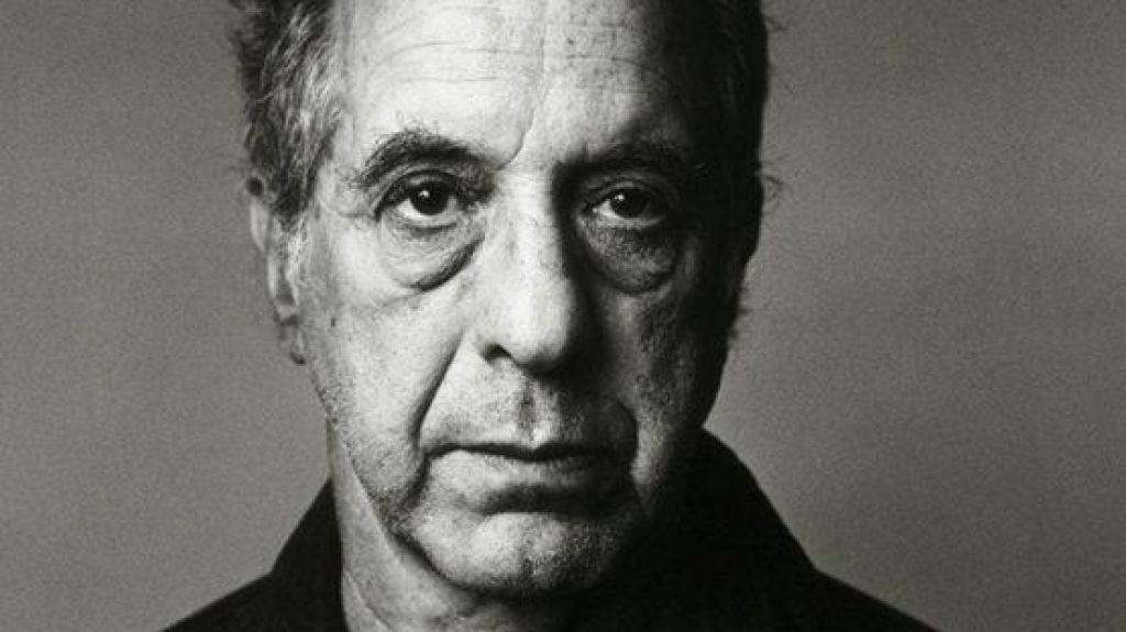 V 95. letu je umrl priznani fotograf Robert Frank
