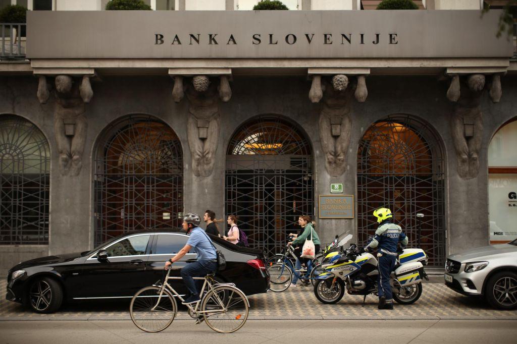 S socialno šibkimi bančnimi razlaščenci bi se poravnali
