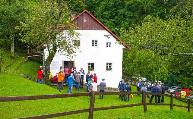 Bevkova domačija v Zakojci bo v nedeljo na široko odprla svoja vrata. FOTO: Gregor Kacin