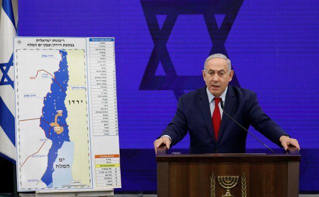Netanjahu napoveduje priključitev doline reke Jordan, če bo izvoljen na torkovih volitvah. FOTO: Amir Cohen/Reuters