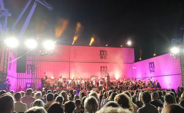 Simfonija Kopra, ampak kdaj bo tudi politika v tem mestu igrala tako ubrano? Foto Boris Šuligoj