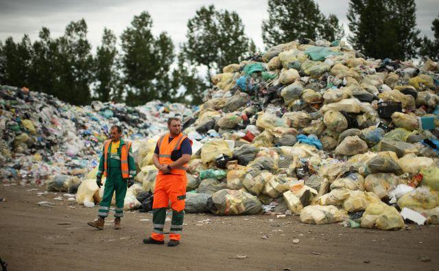 Okoljsko področje so letos zaznamovale težave s skladiščenjem odpadkov. FOTO: Jure Eržen/Delo