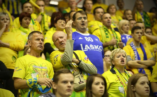 Celjski navijači bodo spet stali ob strani svojim borcem. FOTO: Jure Eržen