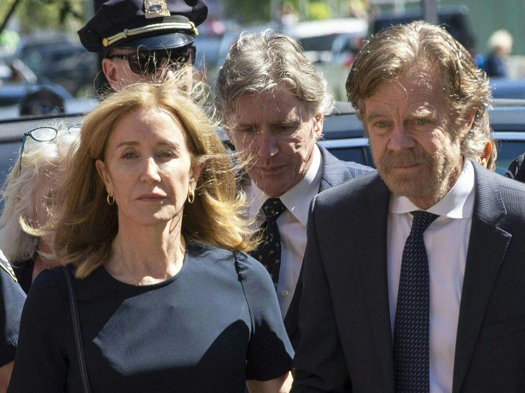 Razočarana gospodinja Felicity Huffman bo za dva tedna pristala za rešetkami