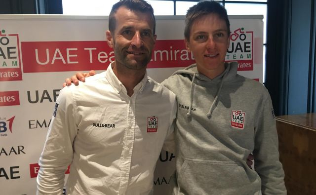 Andrej Hauptman (levo) in Tadej Pogačar sodelujeta pri ekipi UAE, zdaj bosta moči združila tudi v reprezentanci. FOTO: Miha Hočevar