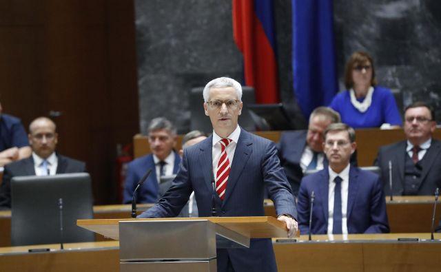 Minister Jernej Pikalo bo k sodelovanju povabil različne strokovnjake in predstavnike političnih strank. FOTO: Leon Vidic/Delo
